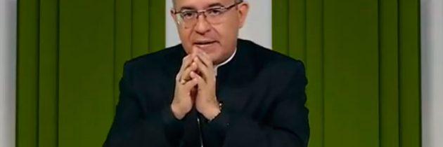 Ele se ajoelhou e rezou – Igreja Militante – 04/02/2020